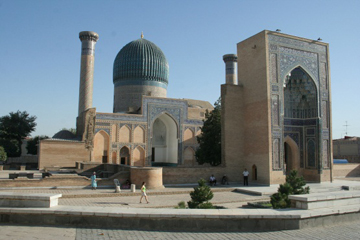 10 Days Travel on the Great Silk Road